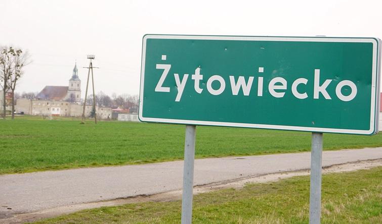 Żytowiecko - wieś i kościół